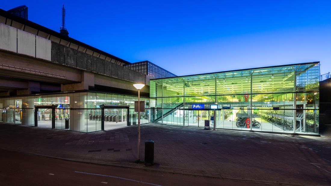 Station Rai (c) Rindert architectuur fotografie